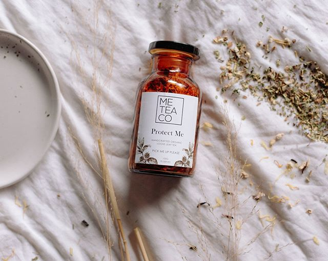 Protect Me is our pick me up blend perfect for picking you up through those period cramps and not so great days. ⠀⠀⠀⠀⠀⠀⠀⠀⠀ Tag a friend who could use this tea...⠀⠀⠀⠀⠀⠀⠀⠀⠀ ⠀⠀⠀⠀⠀⠀⠀⠀⠀ #tagafriend #instatag #ilovemetea #teadrinker #handcraftedbyme #timefortea #teatime #memoments #fromtheinsideout #wellnesstea #meteaco