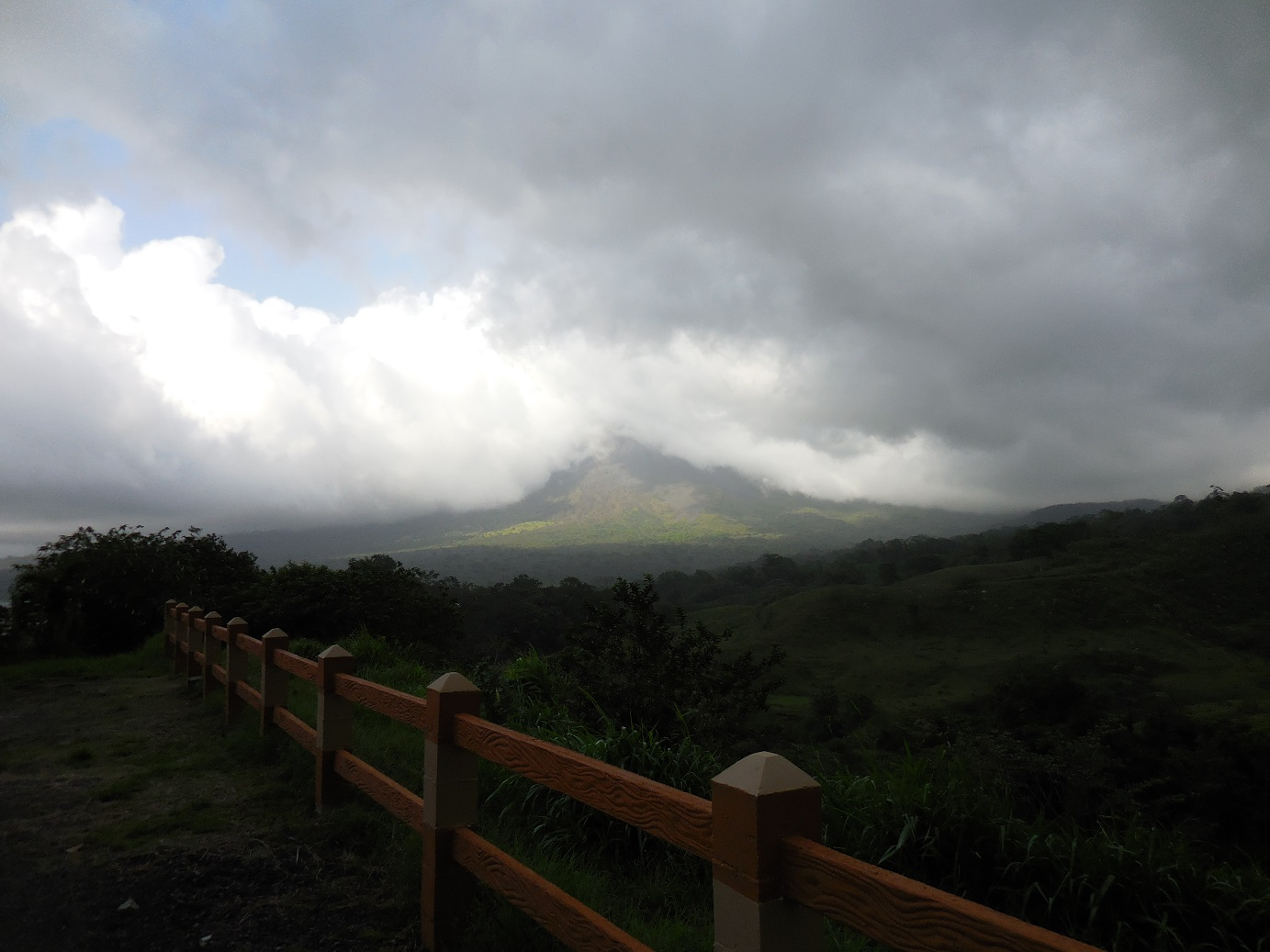 Arenal in a Cloud