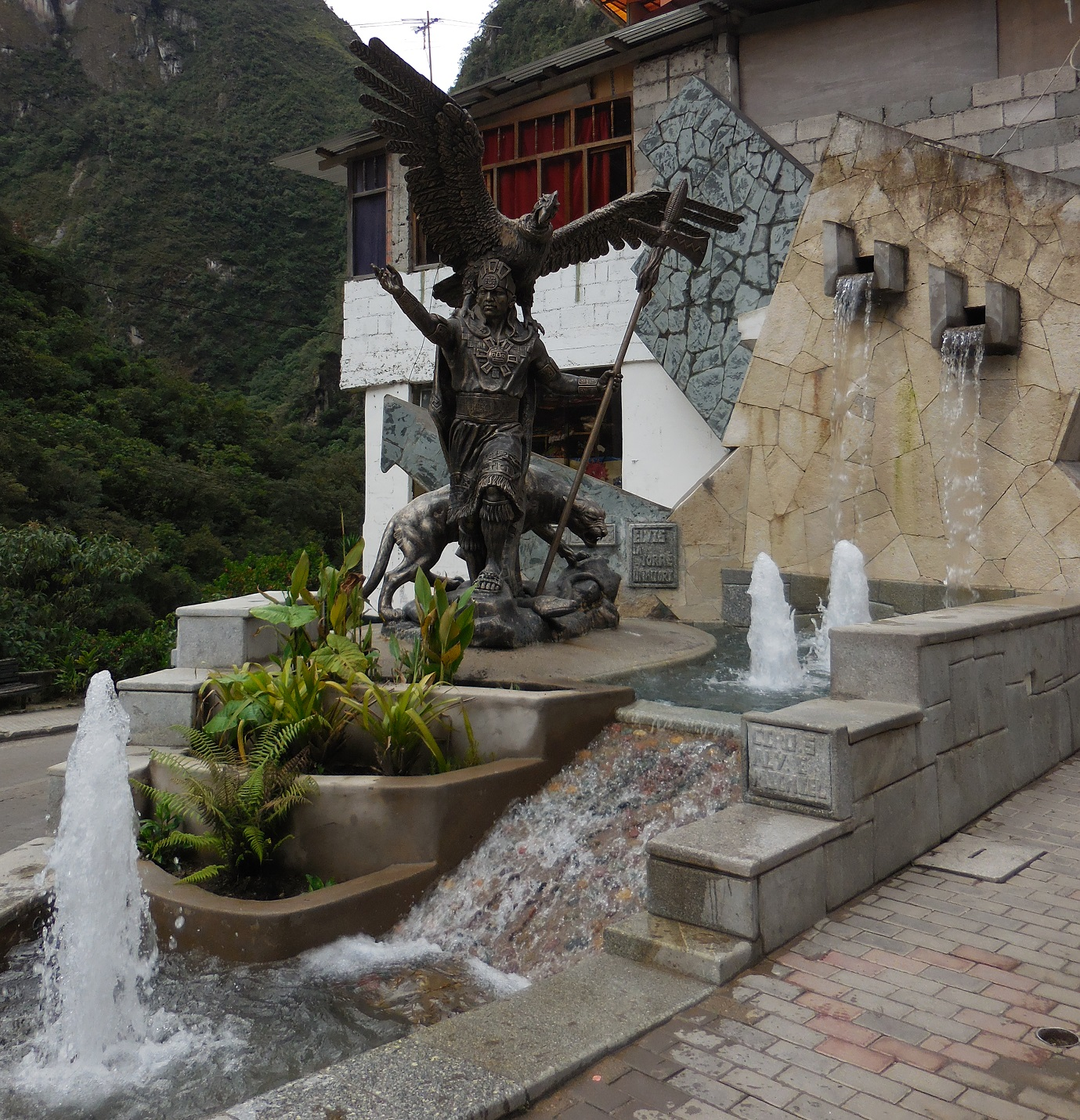 Fountain in Aguas Calientes