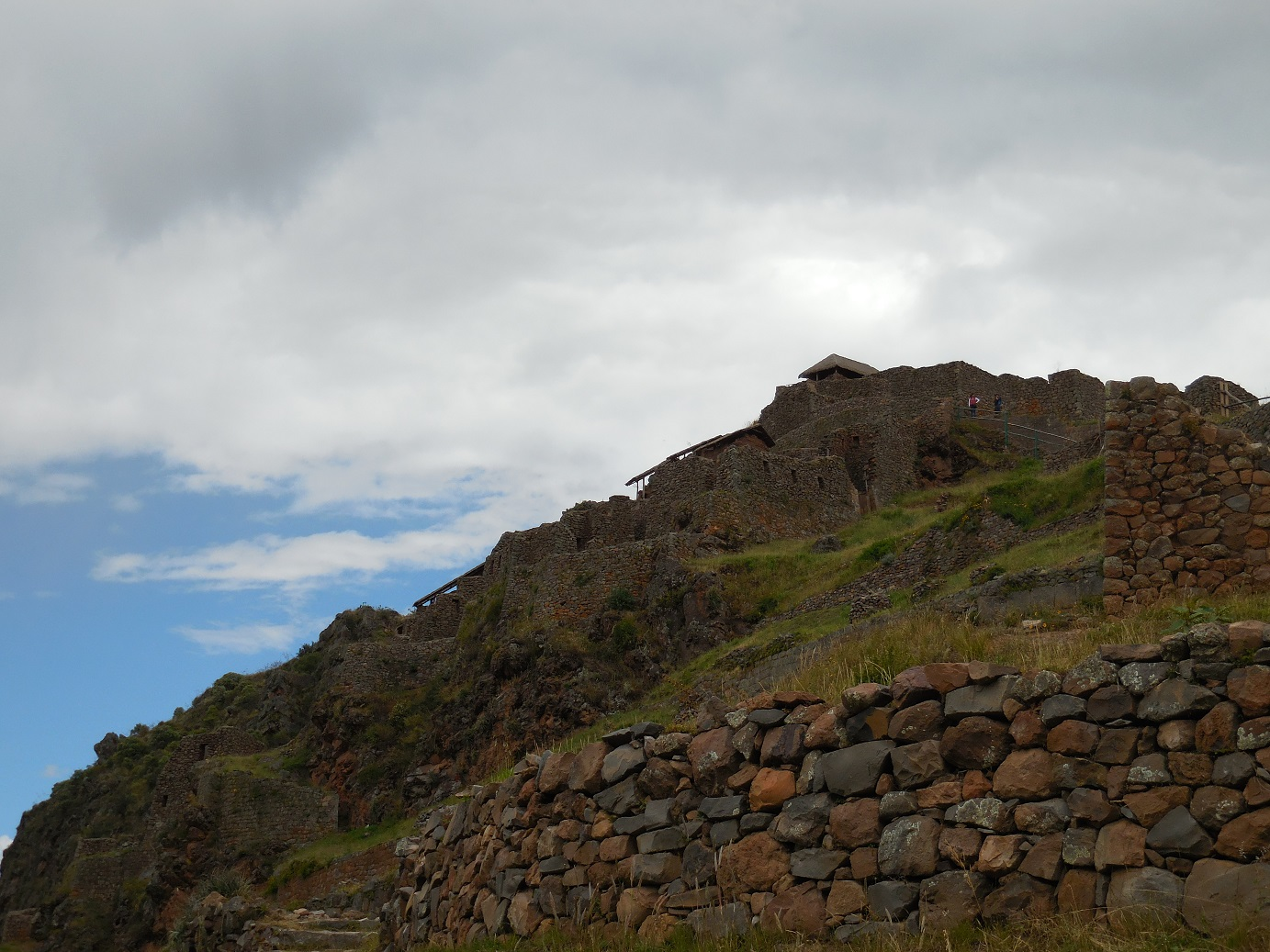 Pisac town ruins