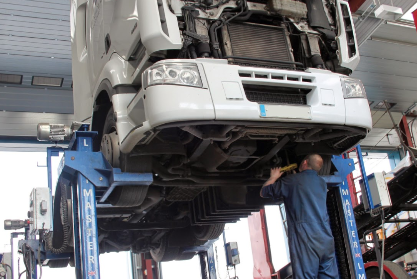 HGV PRE-MOT TEST PREPARATION - Full inspection and preparation for MOT tests for Goods Vehicle Operators and commercial vehicle owners.