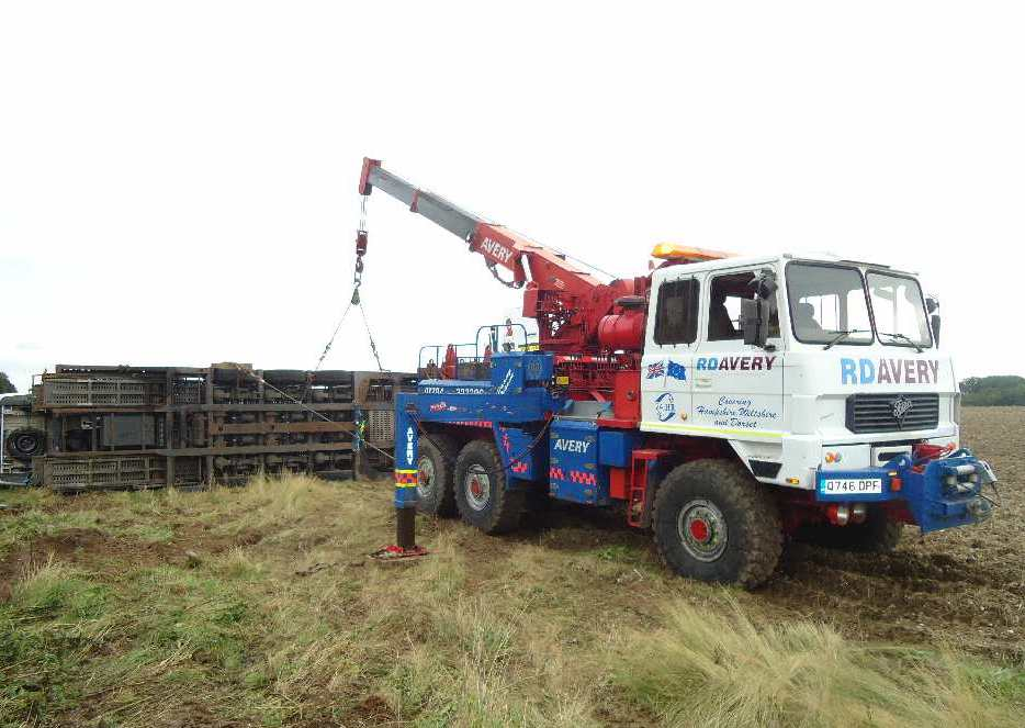 Off Road Recovery Portsmouth - Our all-terrain military spec twin Foden recovery trucks come into their own off the road. When environmental conditions make conventional recovery impossible, our specialist operators will provide a solution in the most complex of situations.