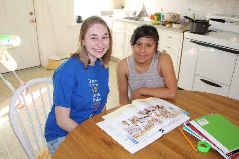 Alicia and Amalia.JPG