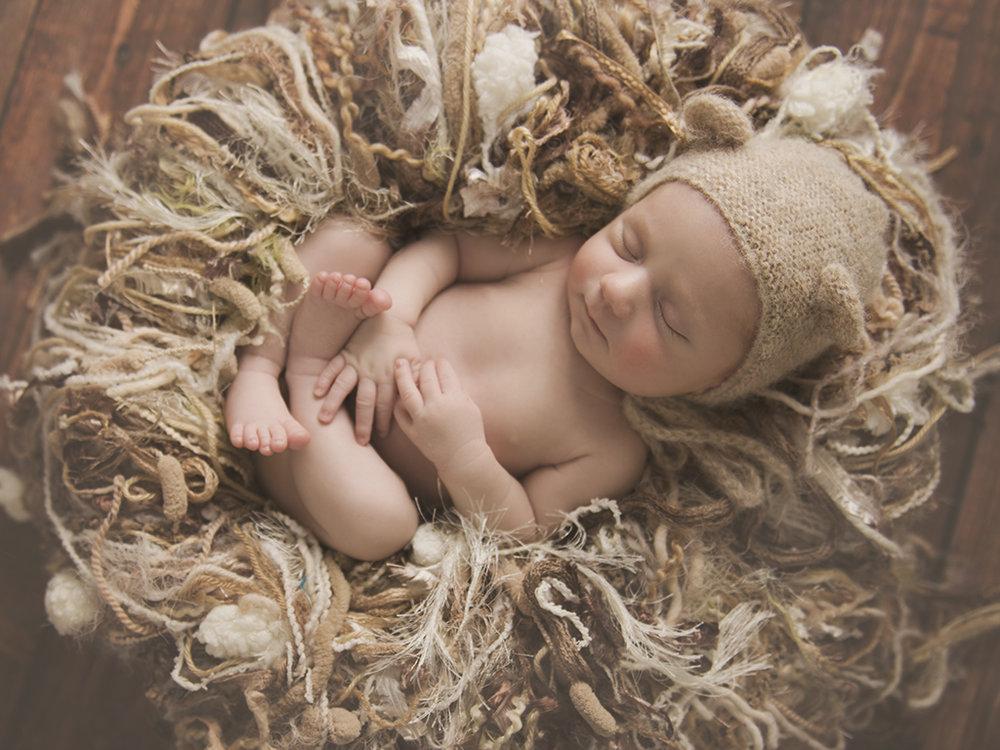newborn images.jpg