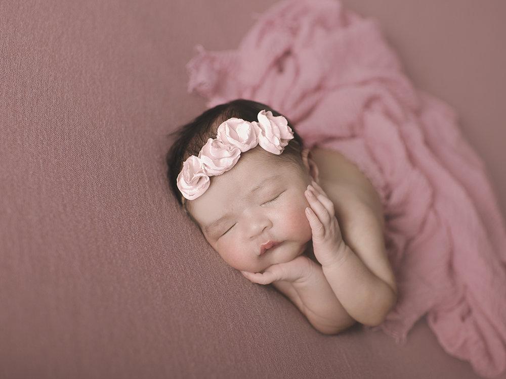 newborn-girl-photos.jpg