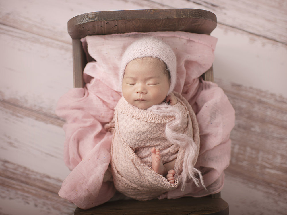 newborn-photographer.jpg