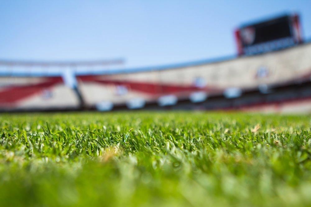 depth-of-field-field-football-field-61143.jpg
