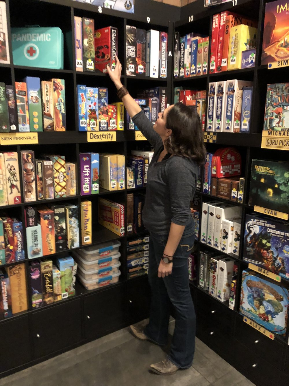 Over 1000 board games at Snakes and Lattes