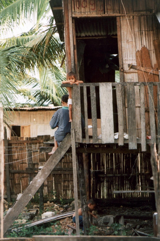 bamboohouse.jpg