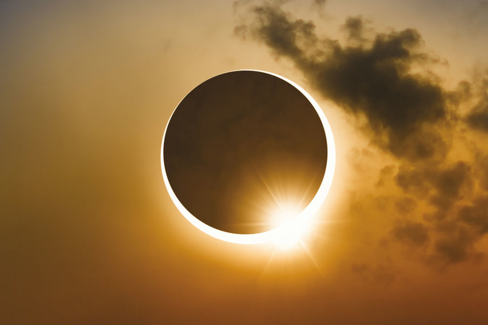 total-solar-eclipse-cyx2he_orig.jpg
