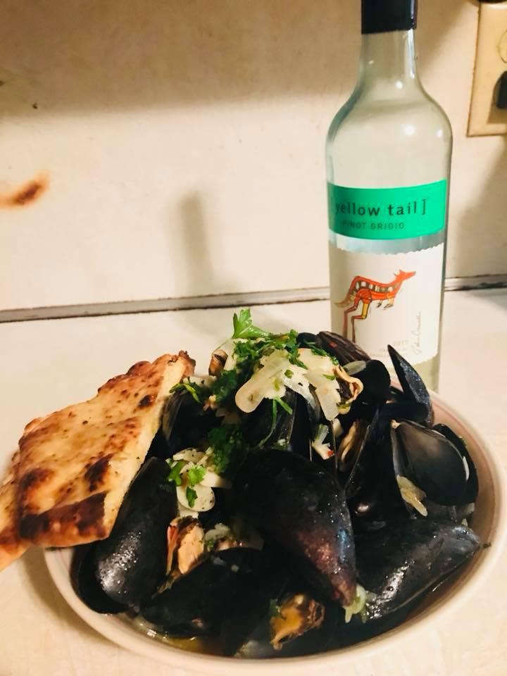 Mussels w/Wine -