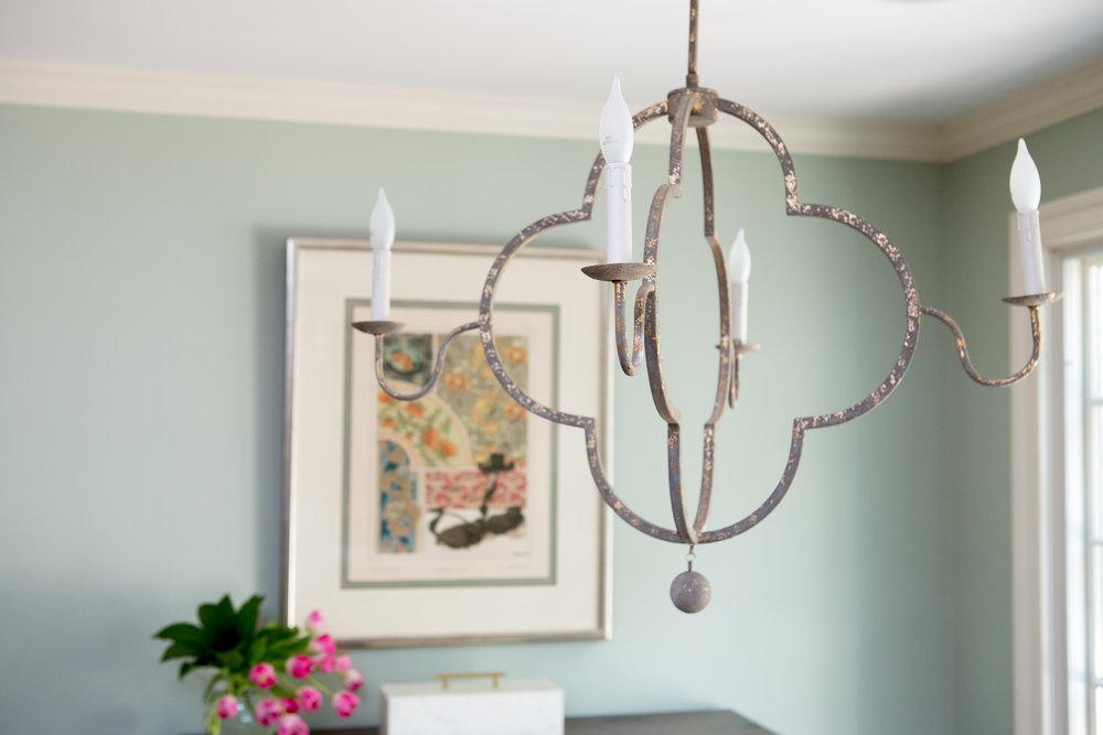 SCRInteriors_breakfast_room_chandelier.jpg