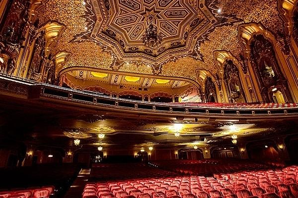 Ohio_Theatre_(feb_2014)_1.jpg