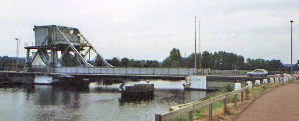 Old Pegagus Bridge   (Courtesy of Wiki Images)