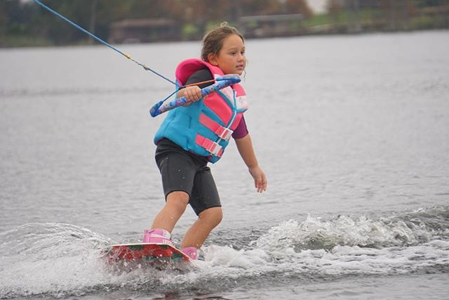 Get up and ride this year! Now booking sessions for this summer on Table Rock & in Orlando and surrounding area.  #tablerocklake #trl #windermere #windermerefl #orlando #wakeboard #wakeboarding #thewakecamp #twc #wakeschool #learntowake #wakeboardkid #wakeboardgirl #summerschool