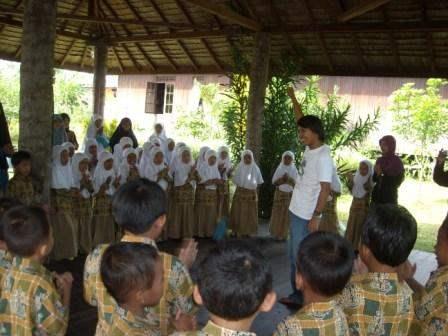School Visit to Kampung Konservasi