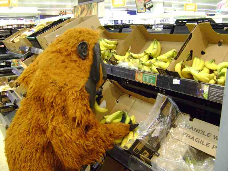Nick buying bananas
