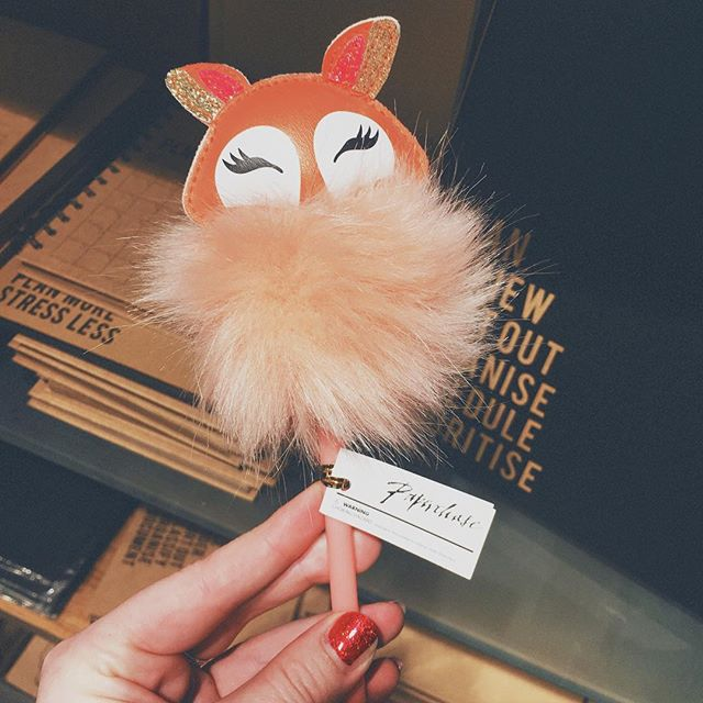 Everyone needs a Small Fox 🦊 - even @frompaperchase #stationery #wedding #design #organised #rocknrollbride #antibridetribe #alternativebride