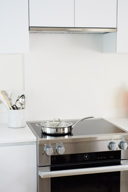 Hampton_Design_Southampton_Kitchen_Spring_Pond_11.jpg
