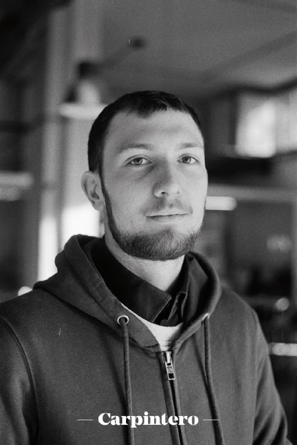 Pau Faura (músico y carpintero)  - co-fundador y socio colaborador de la cooperativa TMDC.