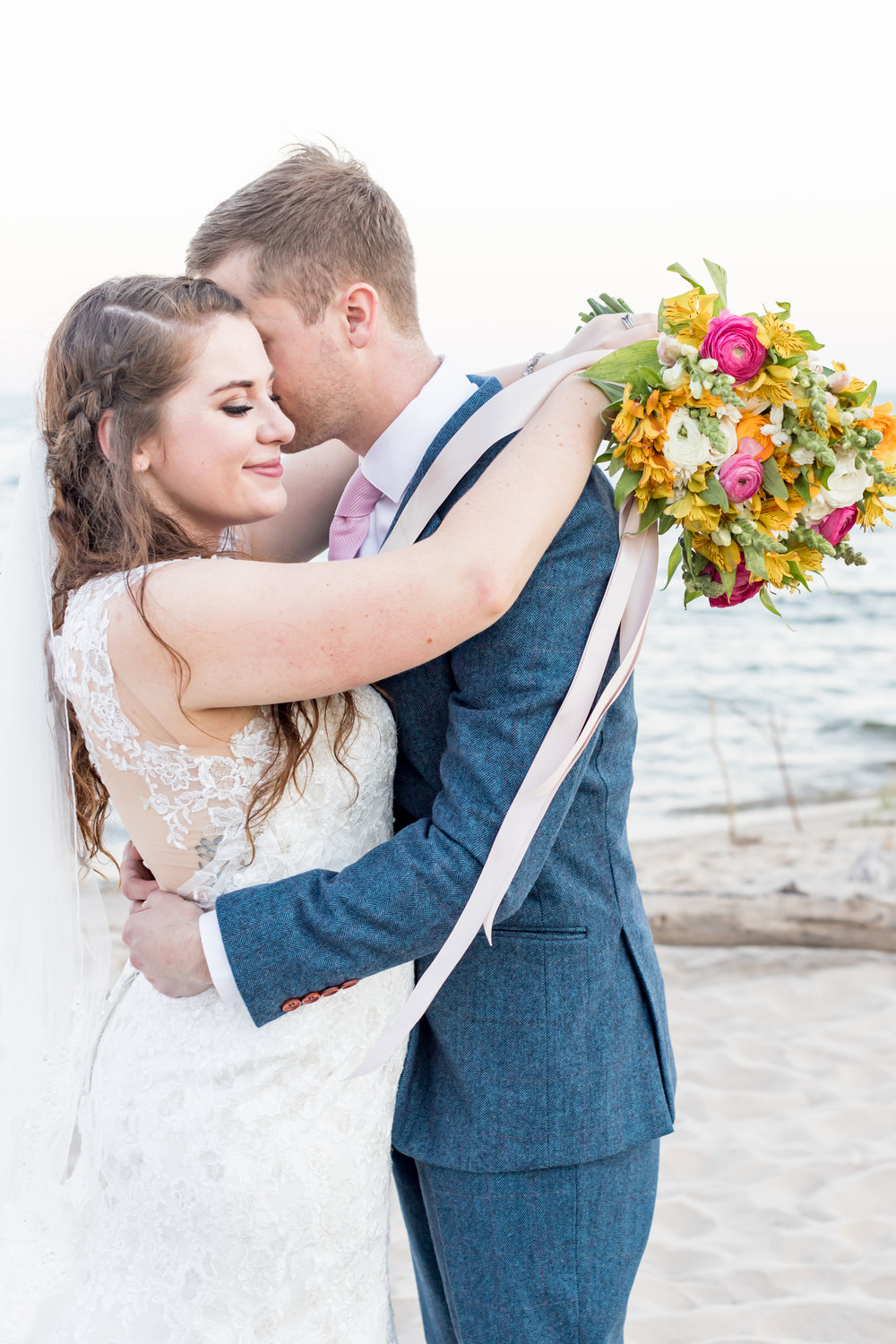 10 Reasons to Hire a Professional Photographer for Your Wedding