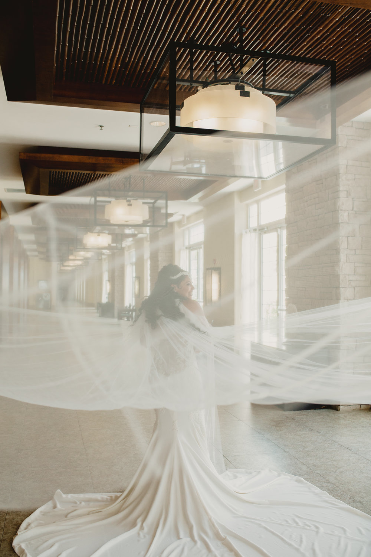 MonaBrock_Wedding_Previews-11.jpg