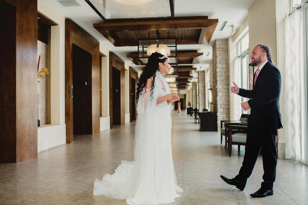 MonaBrock_Wedding_Previews-10.jpg