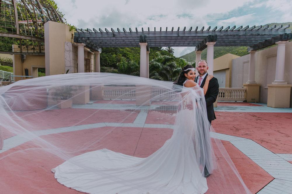 MonaBrock_Wedding_Previews-22.jpg
