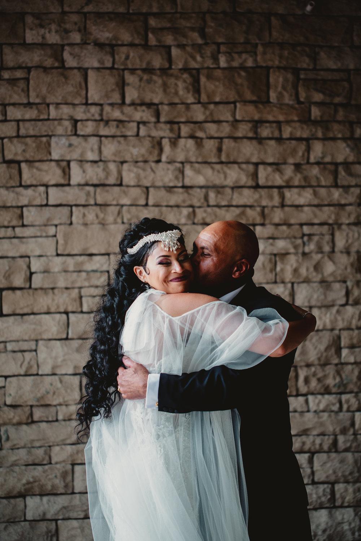 MonaBrock_Wedding_Previews-34.jpg