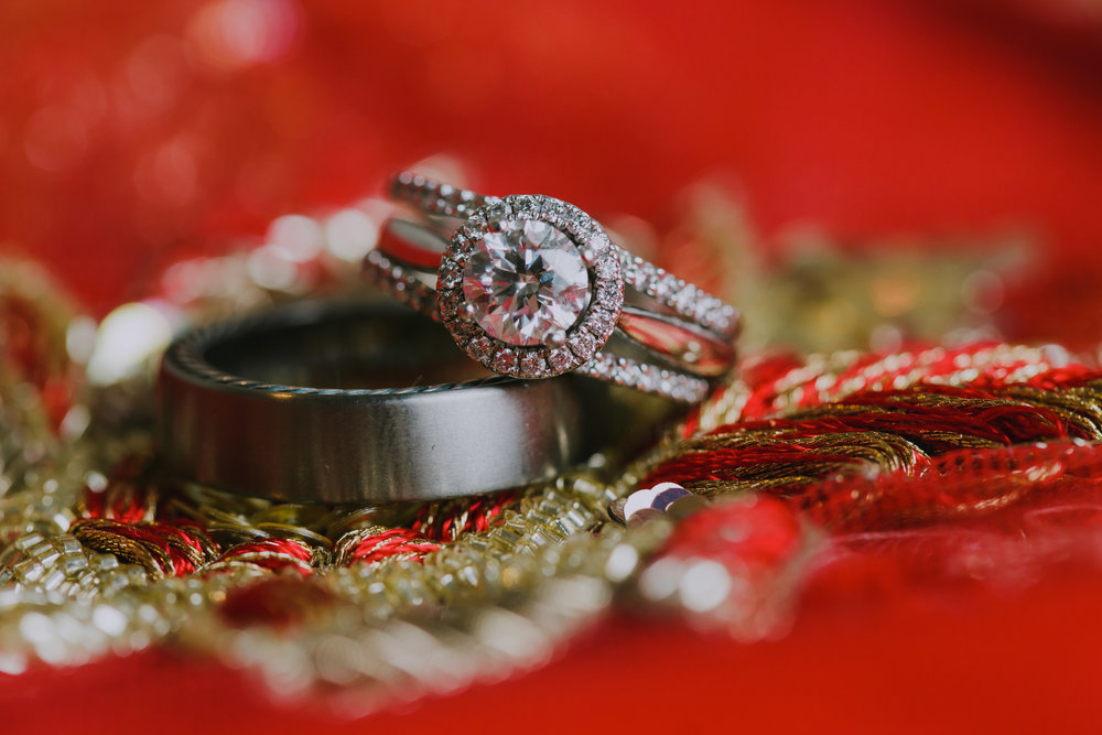 MR_Wedding_Rings-3.jpg