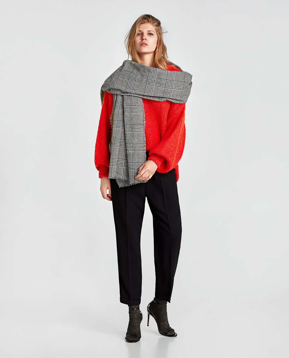 3. the monochrome one - ZARA: Check Scarf, £17.99Another one that could easily double as a blanket, this oversized checked jacquard scarf is perfect for when you want to keep things monochrome.