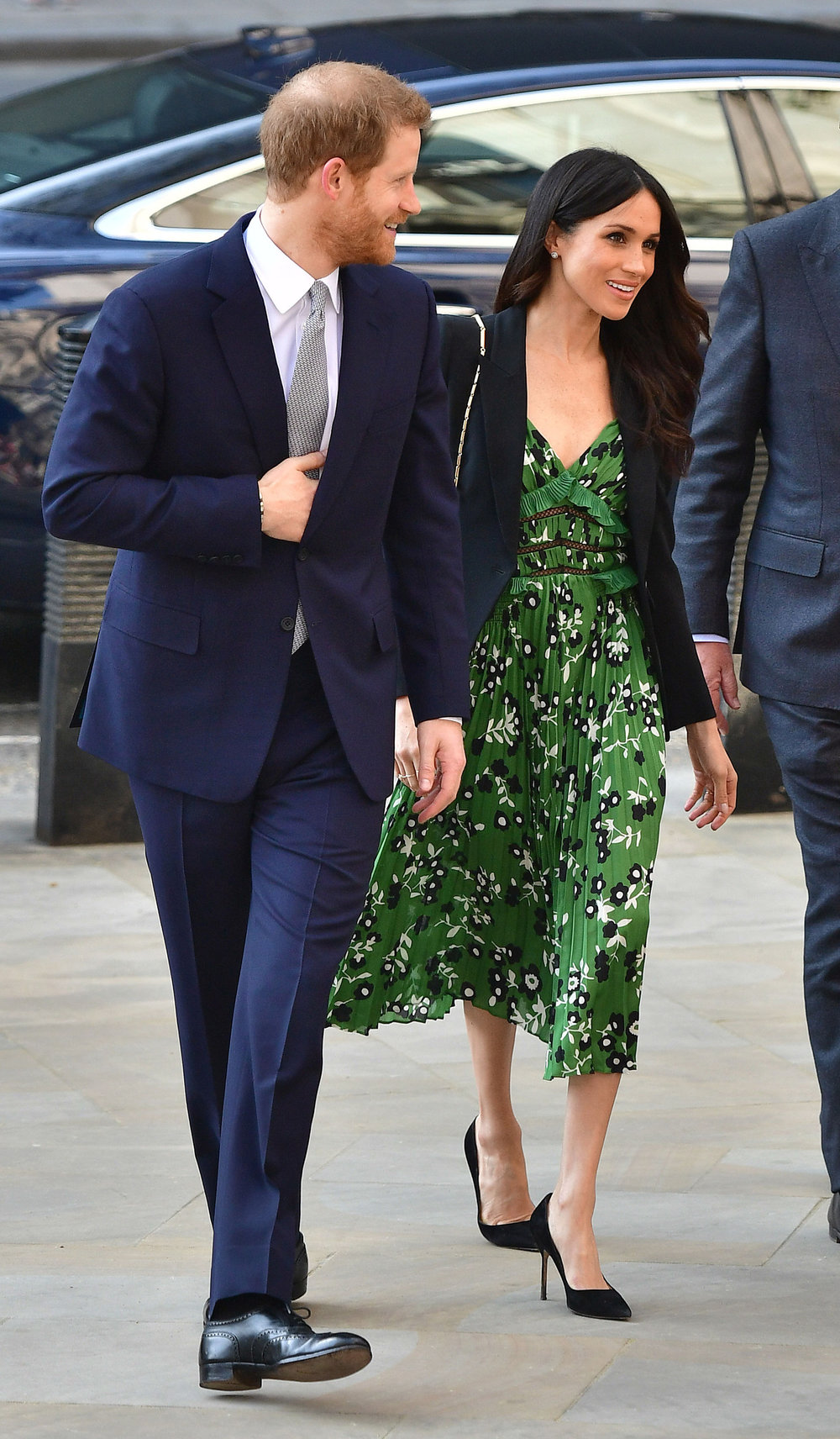 Invictus Games reception - London SOURCE:  http://meghansmirror.com/look-for-less/stylist-saturday-meghan-markles-floral-spring-dress-style/