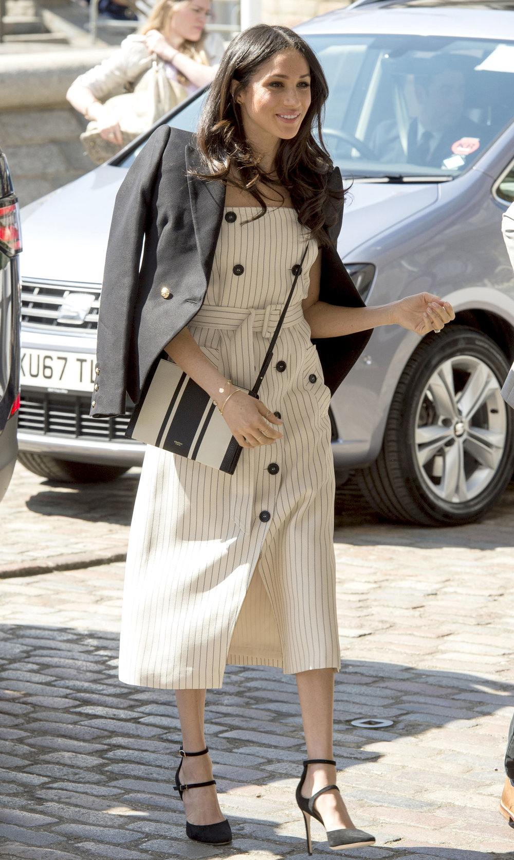 CHOGM London 2018 - Day 3 SOURCE:  http://people.com/royals/everything-you-need-to-copy-meghan-markles-chic-style/#chogm-london-2018-day-3