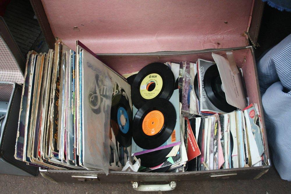 vinyl-article-1.jpg