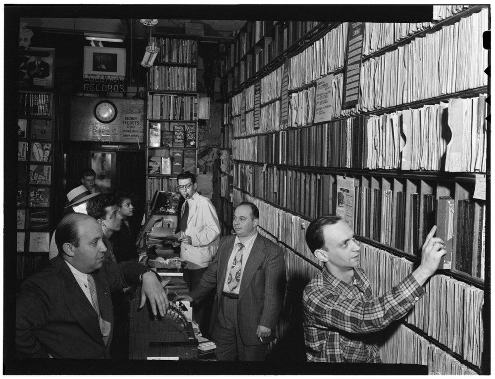 Commodore Record Shop, August 1947 (Gottlieb 01631)