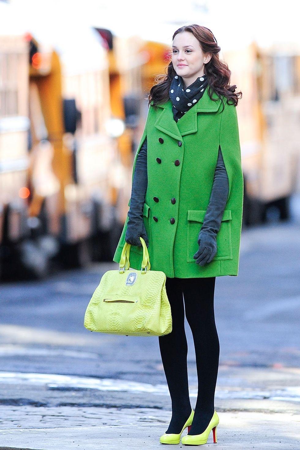 SOURCE:  http://www.cosmopolitan.com/style-beauty/fashion/g5747/blair-waldorf-gossip-girl-looks/