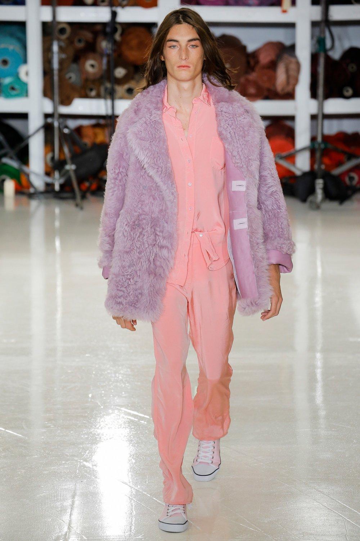 Sies Marjan SS18 Ready-To-Wear SOURCE:  https://www.vogue.com/fashion-shows/spring-2018-ready-to-wear/sies-marjan