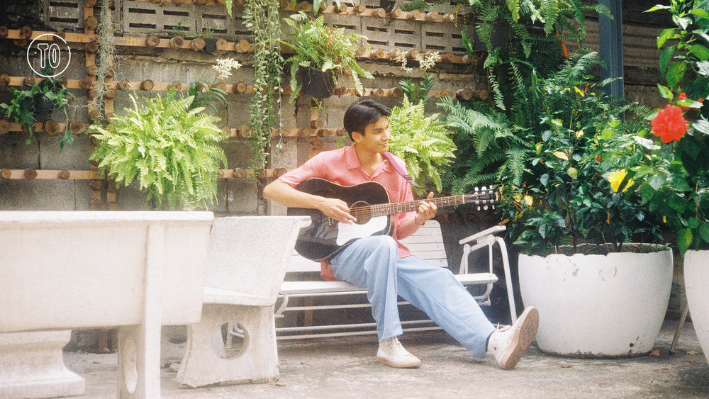Sourced from:  https://www.timeout.com/bangkok/music/whats-the-deal-with-phum-viphurit