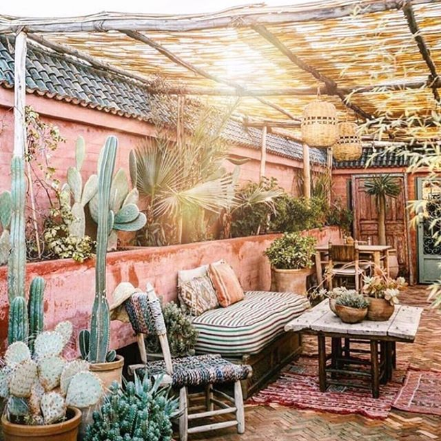 Saturday sanctuary 🙏🏼✨a good place to gather and sip on herbal elixirs and magic Potions 🍹❤️ 💫  #themagicsinyou . 📸 @bandofgypsies