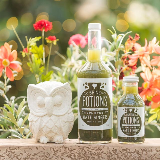 Calling all Yerba Maté fanatics! Our Owl Eyes Potion truly enhances the power of Maté with complimentary adaptogenic herbs, a touch of Colorado honey and a spicy ginger finish. ✨✨✨ . Functional Ingredients: Love, Filtered Water, Apple Juice, Honey, Lemon Juice, Ginger Root, Yerba Mate, Nettle Leaf, Astragalus, Cinnamon, Maca, Nutmeg, Vanilla Bean Extract, Liquid Chlorophyll . Invest in your health, to shine from the inside out ✨❤️✨ #themagicsinyou #yerbamate
