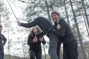 Classic Team-building  Practical activities that incorporate different ways of working together. These take place in the forest or in the grounds of the hotel, depending on your request, the weather and the number of participants.