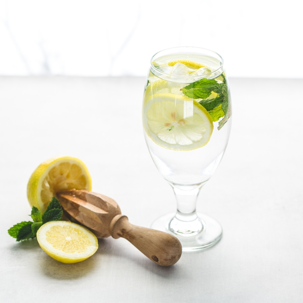 Lemon - The Most Essential Oil blog post positivelywell.com Cherise Pendleton health coaching