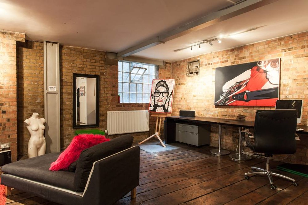 Agency Roundtable happens in the Agency Hackers loft in Shoreditch. Grab a sofa and a coffee (or a beer) and problem solve with your agency leader peers.