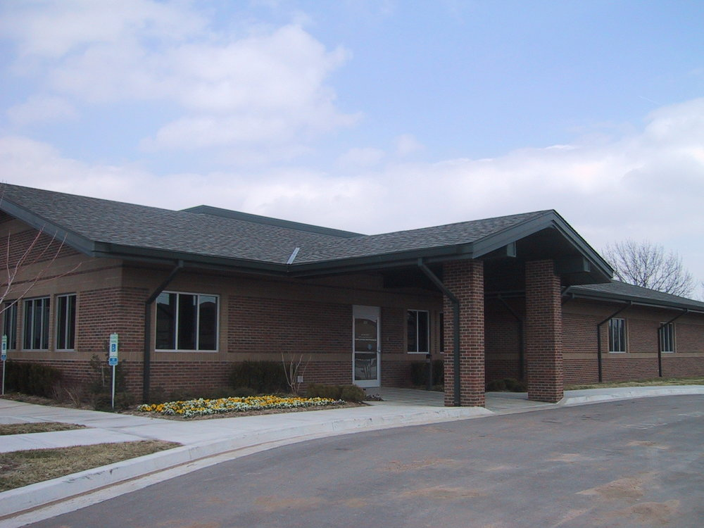 Surgery Center Exterior 2.JPG