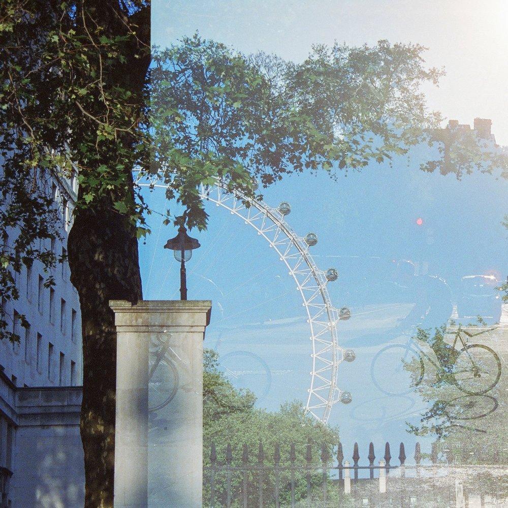 Cinestill 800 London-6.jpg
