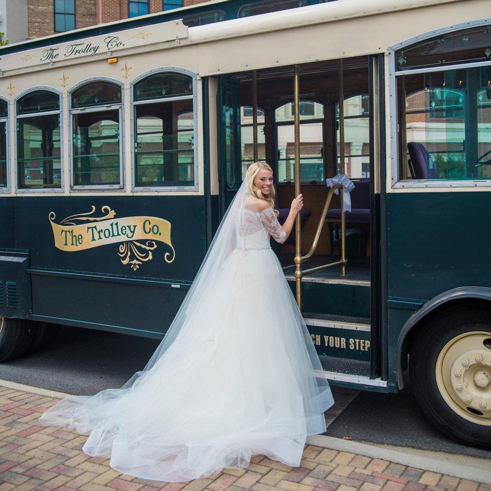 Lauren+Eric_Wedding_Bridal Portraits-7.jpg