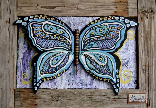 Bon-Temps-Butterfly-46x33.jpg