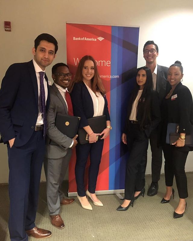 PIF members put FIU on the map last night at the Bank of America Merrill Lynch Roadshow! They were able to network with professionals from the bank and learn more about the opportunities available to them. Join PIF today to stay up to date with all the amazing events happening! • • • @fiubusiness @fiumarketing @fiucareer @fiuinstagram  #business #marketing #fiu #finance #banking #investmentbanking #invest #promotion #college #university #universitylife #collegelife #businessclub #inspiration #wallstreet #florida #floridainternationaluniversity #goldmansachs #jpmorgan #morganstanley #bank #money #financialliteracy #future #education #learning #professional
