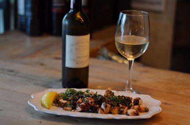@mythosmx en la Roma excelente opción para degustar un menú de cocina griega para @buenprovecho_cdmx