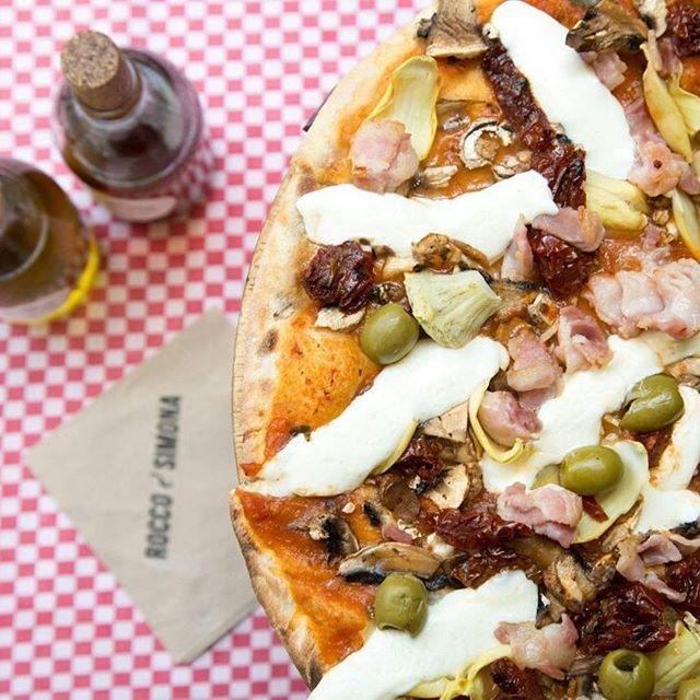 @roccoysimona_polanco super buena opción para pizzas para disfrutar @buenprovecho_cdmx
